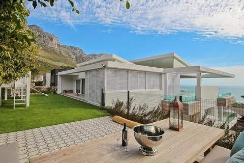4 bedroom house - Cape Town, Camps Bay