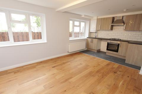 2 bedroom apartment to rent - High Street, Keynsham