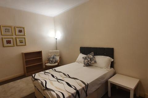 3 bedroom flat to rent - Hamilton Park Avenue, Kelvinbridge, Glasgow, G12 8DU