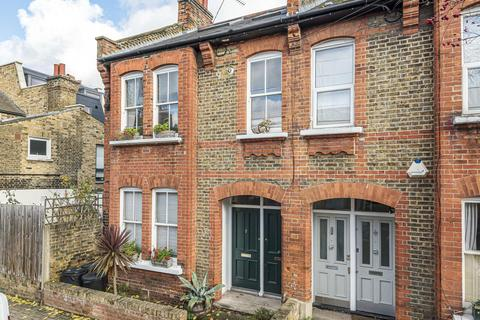 1 bedroom flat for sale - Ingelow Road, Battersea