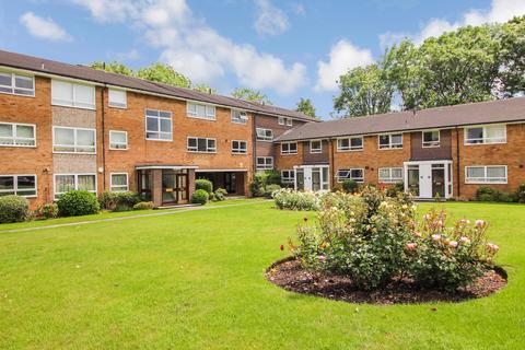 3 bedroom flat for sale - Gleneagles, HA7