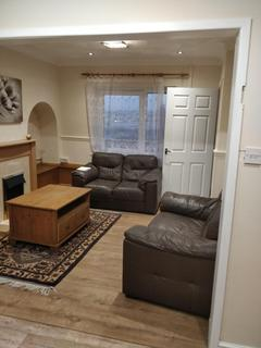 3 bedroom terraced house to rent - Gwylfa Rd, Swansea
