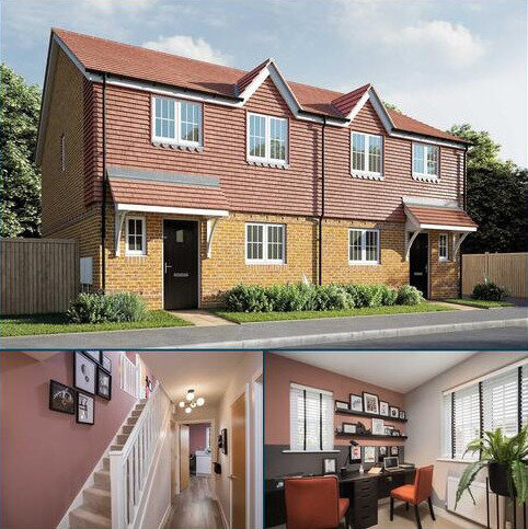 3 bedroom semi-detached house for sale - Plot 77, The Elmslie at Berengrave Gardens, Berengrave Lane, Rainham, Kent ME8