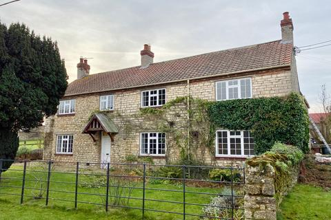 5 bedroom farm house to rent - Hall Farmhouse, Firby, YO60 7LH