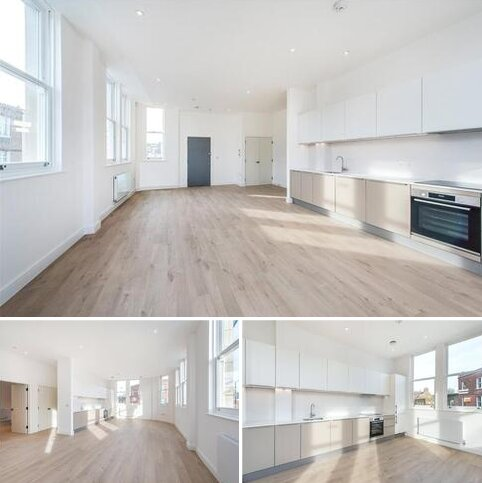 2 bedroom flat to rent - Munster Road, London