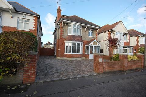 4 bedroom detached house for sale - The Avenue, Bournemouth BH9