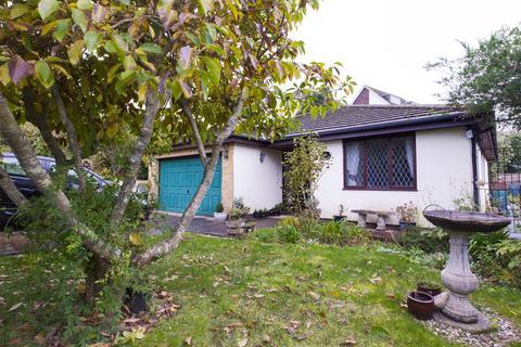 3 bedroom bungalow for sale - Courtland Road, Torquay