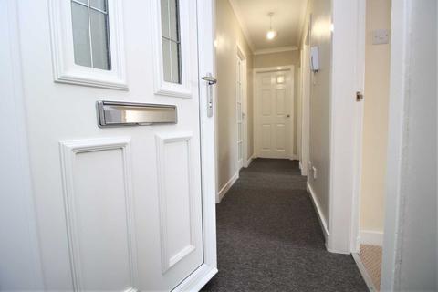 3 bedroom flat to rent - Sir Michael Street, Greenock