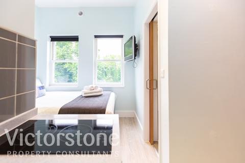 Studio to rent - Camden Road, London, N7