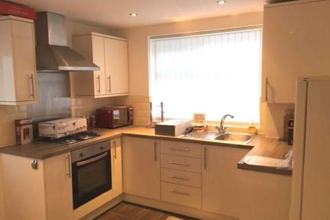 3 bedroom house share to rent - Mere Avenue, Manchester