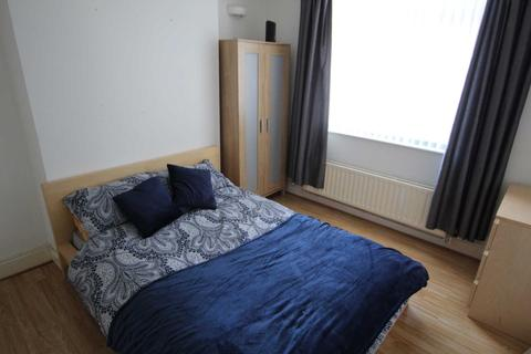 House share to rent - Cross Street, Lincoln