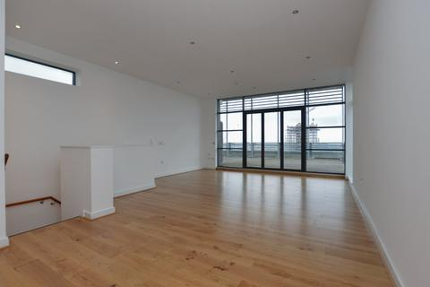 2 bedroom apartment for sale - Millennium Tower, 250 The Quays, Salford Quays, Greater Manchester, M50