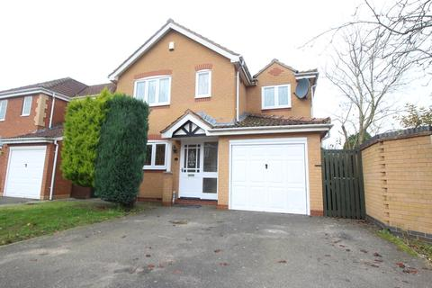 4 bedroom detached house to rent - Grizedale Close, Grantham