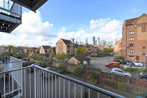 2 bedroom apartment to rent - Cadnam Lodge, 34, Schooner Close