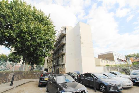 2 bedroom flat for sale - Turnour House, Walburgh Street E1