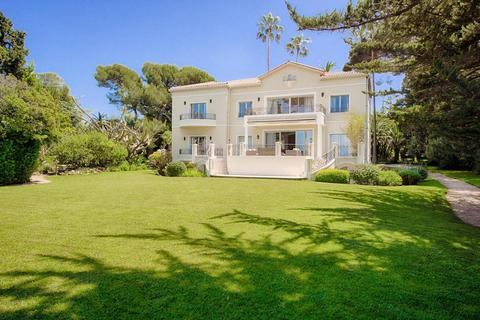 9 bedroom villa - Alpes-Maritimes, France