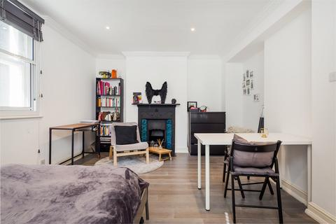 Studio to rent - Carnaby Street, Soho