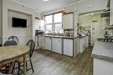 5 bedroom terraced house to rent - ALL BILLS INCLUDED - Headingley Mount