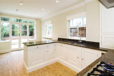 3 bedroom terraced house to rent - Fernside Road, London, SW12