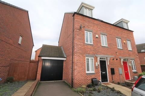 3 bedroom semi-detached house for sale - Kyngston Road, West Bromwich