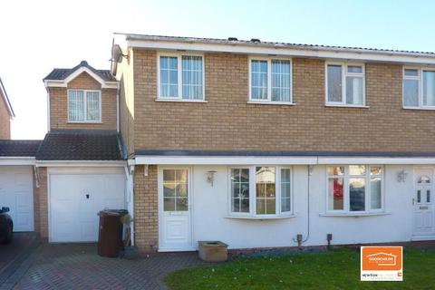 3 bedroom semi-detached house to rent - Gurnard Close, Coppice Farm, Willenhall