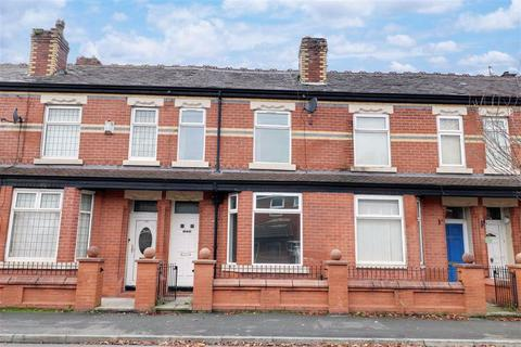 3 bedroom terraced house to rent - Culcheth Lane, Manchester