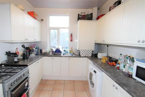 6 bedroom house to rent - 473 Crookesmoor Road, Sheffield