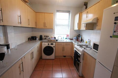 6 bedroom house to rent - Crookesmoor Road, Sheffield
