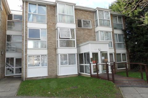 2 bedroom flat to rent - Woburn Court, Leagrave - Ref:P6856