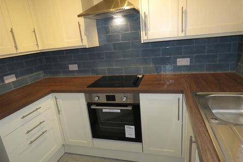 Studio to rent - Flat 30 Hallam Chase 64 Endcliffe Vale Road Sheffield