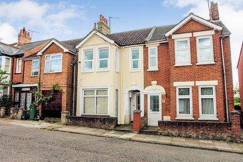 2 bedroom flat to rent - Close to Town centre, Aylesbury