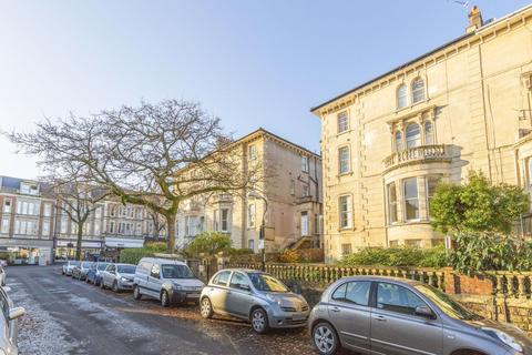 4 bedroom flat to rent - Oakland Road, Clifton