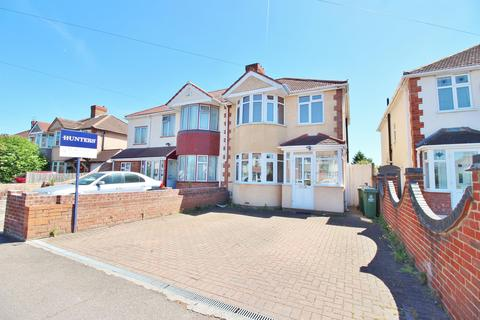3 bedroom semi-detached house for sale - Parsonage Manor Way, Belvedere, Kent, DA17