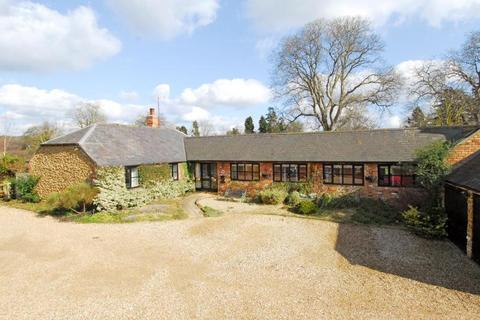 4 bedroom detached house to rent - Upper Heyford, Northamptonshire, NN7