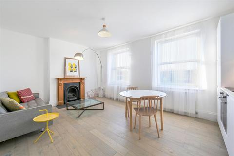 4 bedroom flat for sale - Archway Road, Highgate, N6