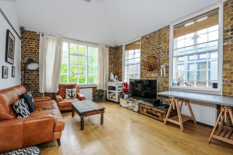 2 bedroom apartment to rent - Carysfort Road Stoke Newington N16