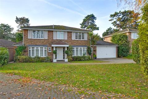 5 bedroom detached house for sale - Merrydown Way, Chislehurst, BR7