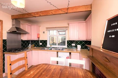 6 bedroom terraced house to rent - Stanmer Park Road, Brighton, BN1