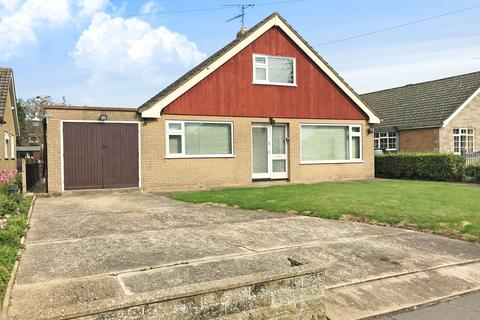 3 bedroom bungalow for sale - Kingsway, Boston, Lincolnshire, PE21 0AR
