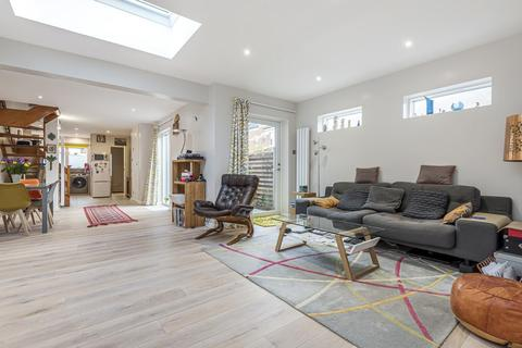 3 bedroom end of terrace house for sale - Atney Road, Putney