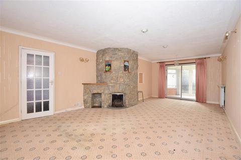 3 bedroom detached bungalow for sale - Brook Road, Larkfield, Aylesford, Kent