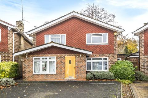 4 bedroom detached house for sale - Arden Mhor, Pinner, Middlesex, HA5