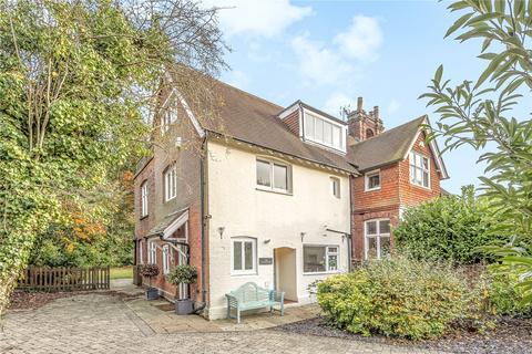 4 bedroom semi-detached house to rent - Langton Road, Langton Green, Tunbridge Wells, Kent, TN3