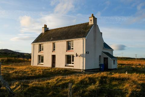 3 bedroom detached house for sale - 43 SOUTH SHAWBOST, ISLE OF LEWIS HS2 9BQ