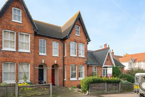 2 bedroom flat for sale - Castle Road, Whitstable, Kent