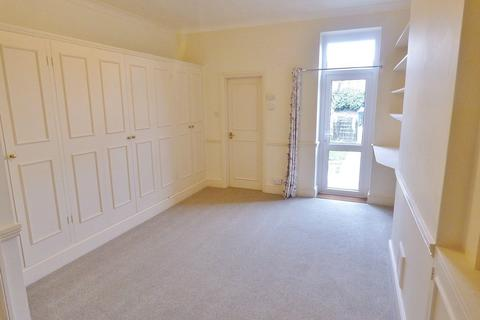Studio to rent - Arundel Road, Littlehampton