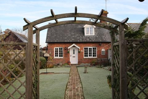 2 bedroom cottage for sale - White House Cottage, Biddenden