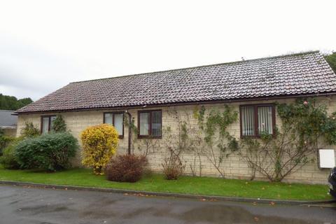 2 bedroom semi-detached bungalow to rent - STATION APPROACH, MELKSHAM
