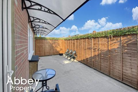 1 bedroom flat to rent - Dallow Road - LU1 1TF