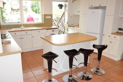3 bedroom townhouse to rent - Temple Mill Island, Marlow